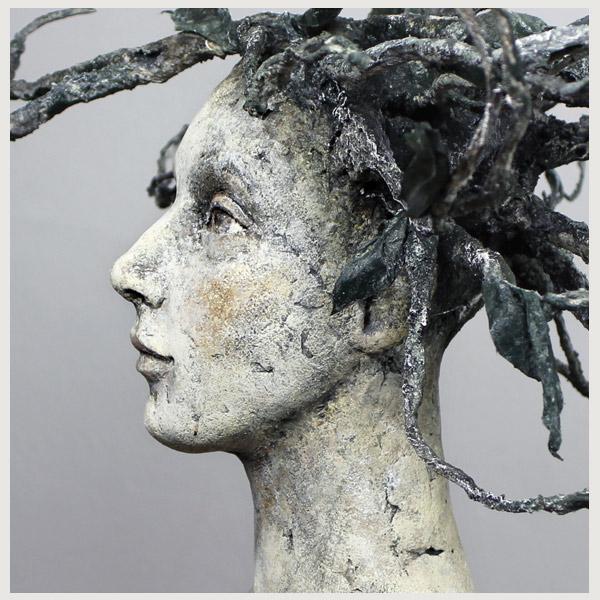 sculptures figurative clay Tatjana Raum tree spirit
